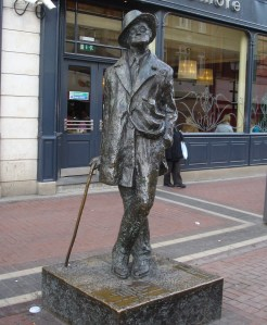 Foto Estatua de James Joyce en Dublín