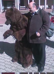 Haciendo el oso en Riaño