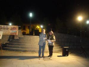 Yolanda Prieto y Marcos Oteruelo recitando a Duo.