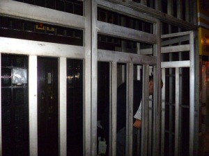 No es la cárcel, pero sí una imagen de la sociedad carcelaria en que vivimos.