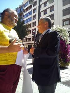 Con el alcalde de León, Emilio Gutiérrez.