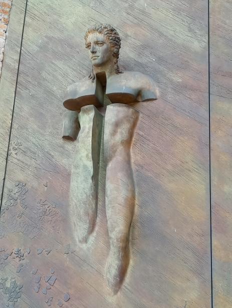 Hombre cruz