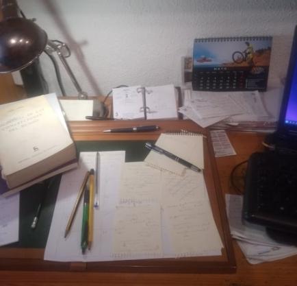 escritori 1